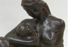 「保田龍門/母子像」1928年、ブロンズ、H25cm