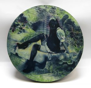 小林美佐子/花園 2014年、銅版画、リトグラフ、手彩色、Ф27.5㎝